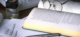 Perbedaan dan Kaitan Penelitian Tindakan Kelas dengan Penelitian Lain